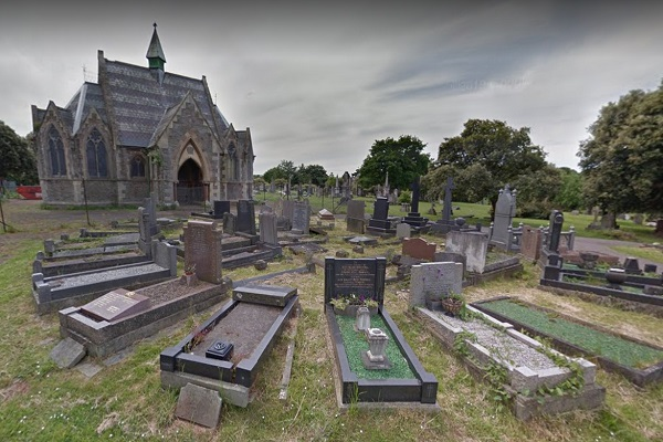 Cemeteries will reopen to grieving relatives after change in council's coronavirus lockdown policy
