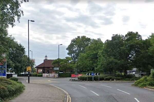 Motorists brawl on roundabout near Ikea and Tesco