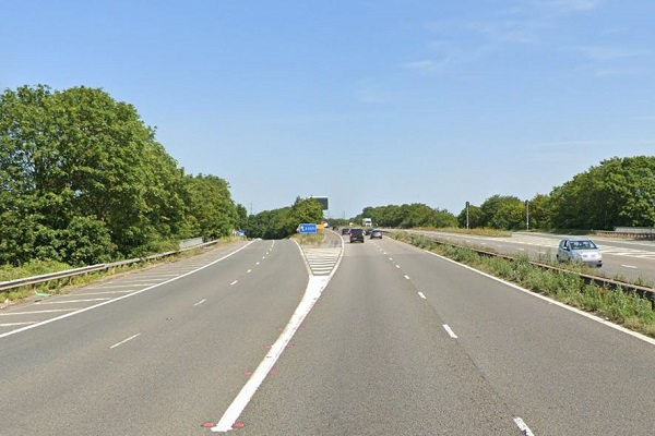 Dangerous driving investigation after Audi drivers seen speeding and driving on M32 hard shoulder