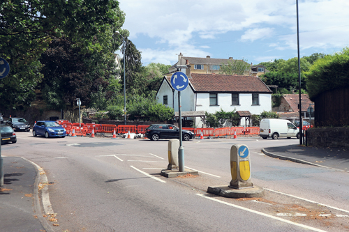 Drivers told to expect delays at busy junction