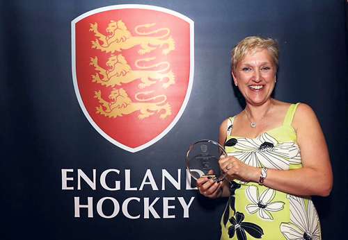 Hockey ace gets an award