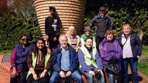 Men, women and youths from the East Bristol Partnership of local churches chose St George's Day to pick up rubbish and litter from the cycle track.